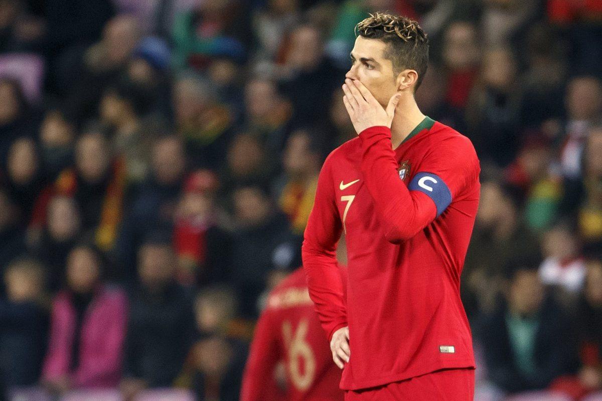 SUI01. GINEBRA (SUIZA), 26/03/2018.- El portugués Cristiano Ronaldo reacciona durante el partido amistoso internacional que enfrenta a las selecciones de Portugal y Holanda hoy, lunes 26 de marzo de 2018, en Ginebra (Suiza). EFE/SALVATORE DI NOLFI
