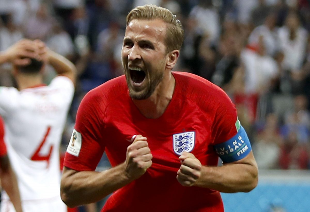 Volgograd (Russian Federation), 18/06/2018.- Harry Kane of England celebrates after scoring the winning goal during the FIFA World Cup 2018 group G preliminary round soccer match between Tunisia and England in Volgograd, Russia, 18 June 2018.  (RESTRICTIONS APPLY: Editorial Use Only, not used in association with any commercial entity - Images must not be used in any form of alert service or push service of any kind including via mobile alert services, downloads to mobile devices or MMS messaging - Images must appear as still images and must not emulate match action video footage - No alteration is made to, and no text or image is superimposed over, any published image which: (a) intentionally obscures or removes a sponsor identification image; or (b) adds or overlays the commercial identification of any third party which is not officially associated with the FIFA World Cup) (Mundial de Fútbol, Volgogrado, Inglaterra, Rusia, Túnez, Túnez) EFE/EPA/FRANCIS R. MALASIG EDITORIAL USE ONLY EDITORIAL USE ONLY