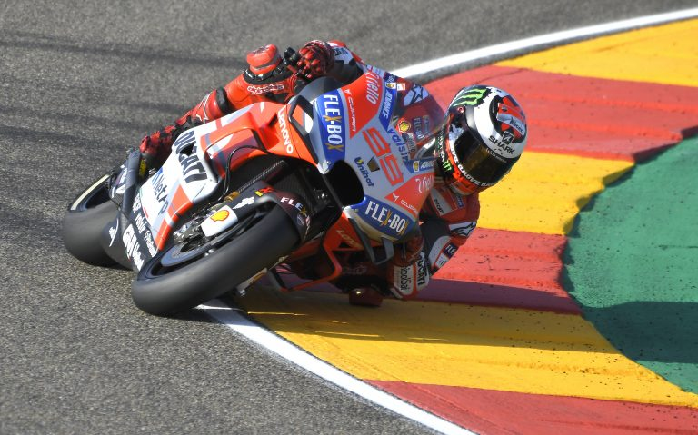 Ducati Team's Spanish rider Jorge Lorenzo rides during the MotoGP third free practice of the Aragon Grand Prix at the Motorland racetrack in Alcaniz, on September 22, 2018 / AFP PHOTO / JOSE JORDAN