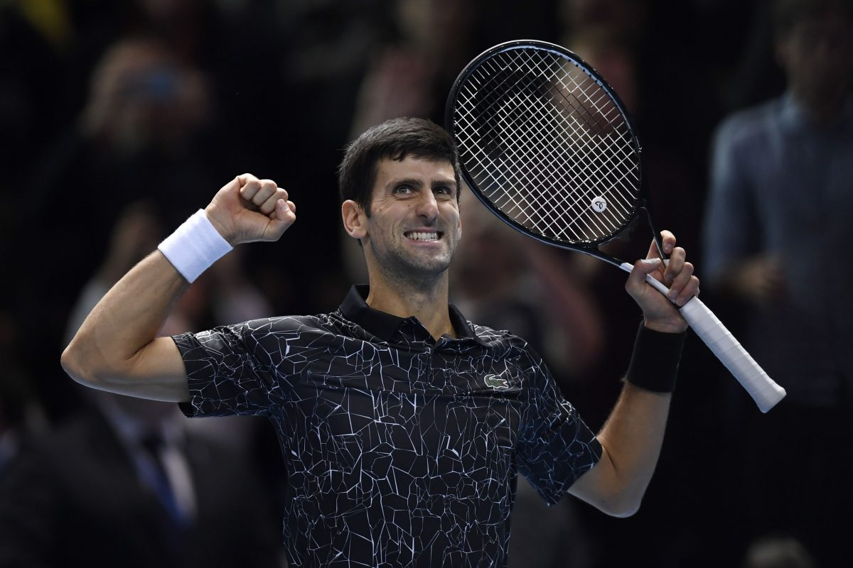 WO021. London (United Kingdom), 17/11/2018.- Serbia's Novak Djokovic celebrates winning against South Africa's Kevin Anderson during their semi final match for the ATP World Tour Finals tennis tournament at the O2 Arena in London, Britain, 17 November 2018. (Tenis, Sudáfrica, Londres) EFE/EPA/WILL OLIVER