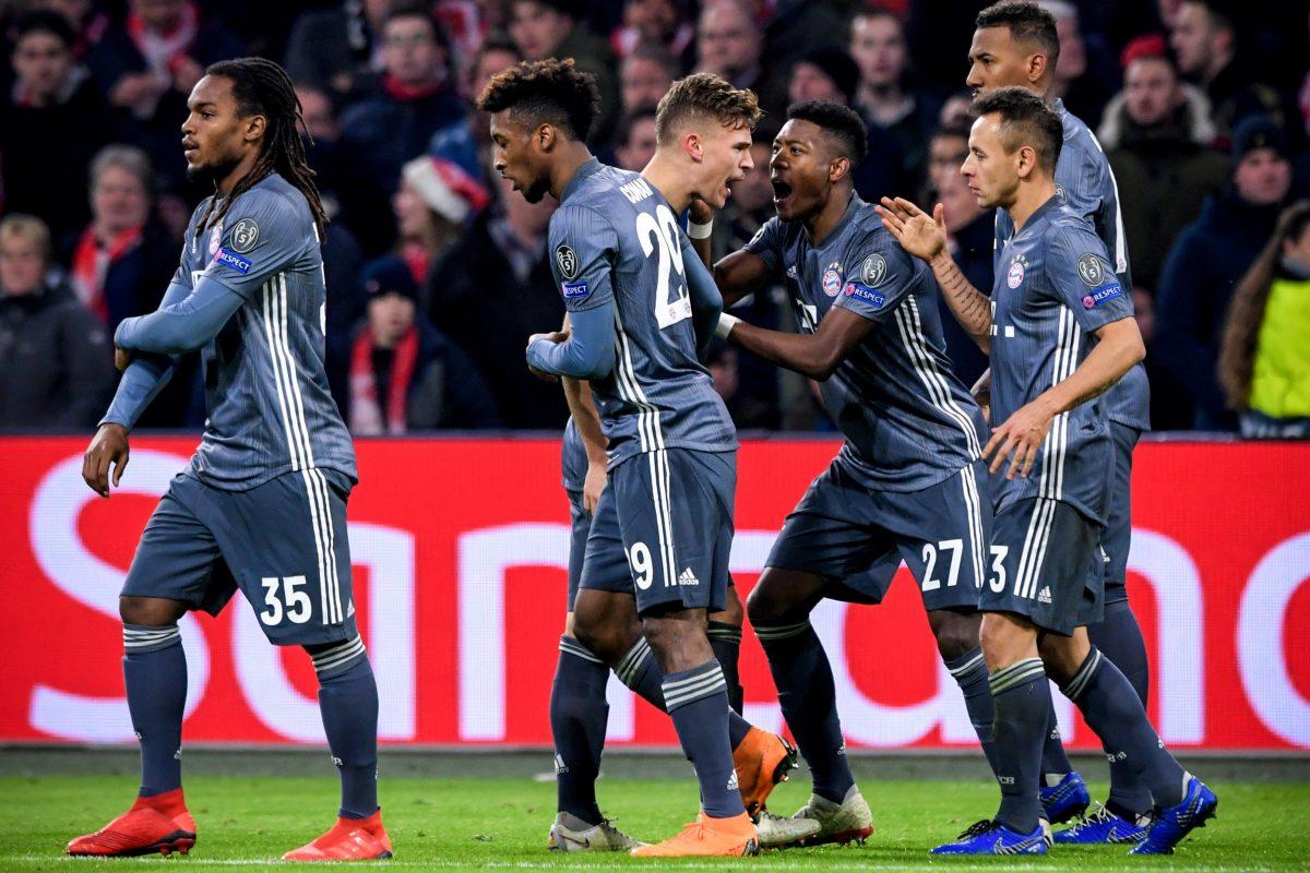 EPA8749. AMSTERDAM (HOLANDA), 12/12/2018.- Kingsley Coman de Bayern celebra un gol hoy, en un partido del grupo E de la Liga de Campeones entre Ajax Amsterdam y FC Bayern Munich en Amsterdam (Holanda). EFE/ Sascha Steinbach