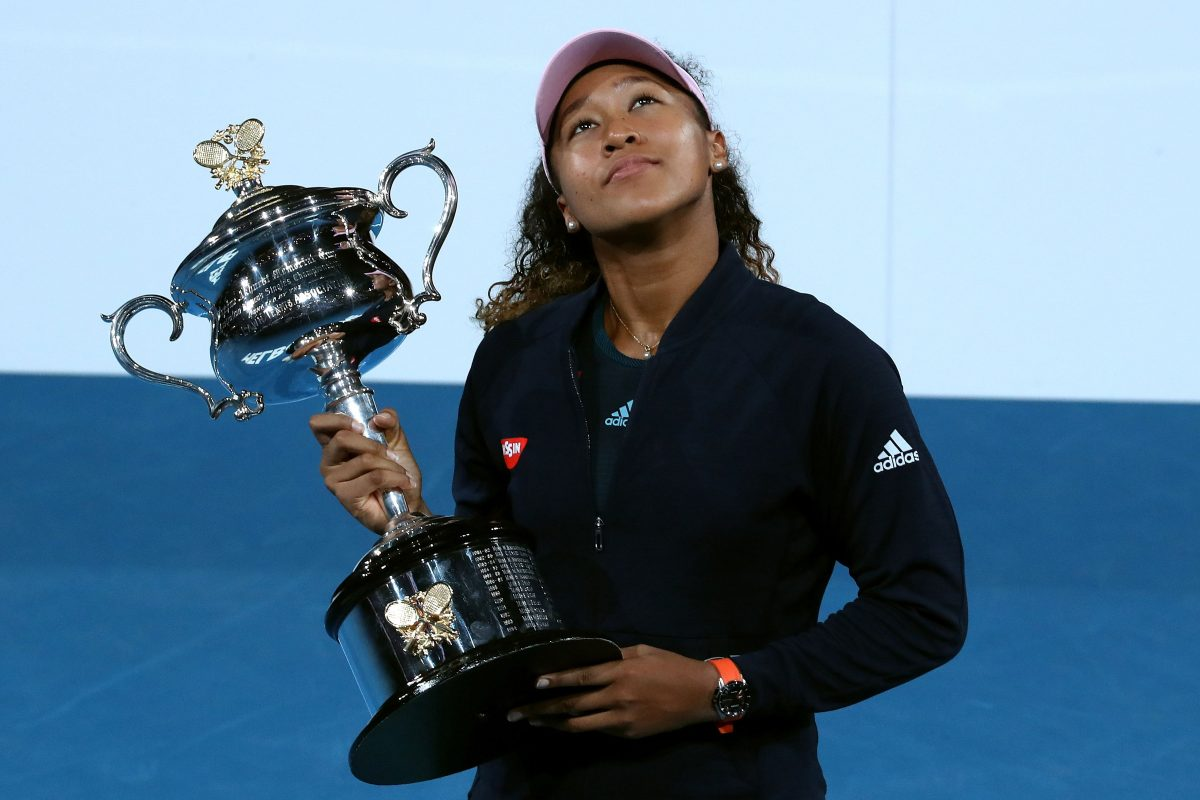 MEL. Melbourne (Australia), 26/01/2019.- Naomi Osaka of Japan reacts during the presentation of the winner's trophy after defeating Petra Kvitova of the Czech Republic in the women's singles final at the Australian Open Grand Slam tennis tournament in Melbourne, Australia, 26 January 2019. (Tenis, Abierto, República Checa, Japón) EFE/EPA/DAVID CROSLING EDITORIAL USE ONLY AUSTRALIA AND NEW ZEALAND OUT