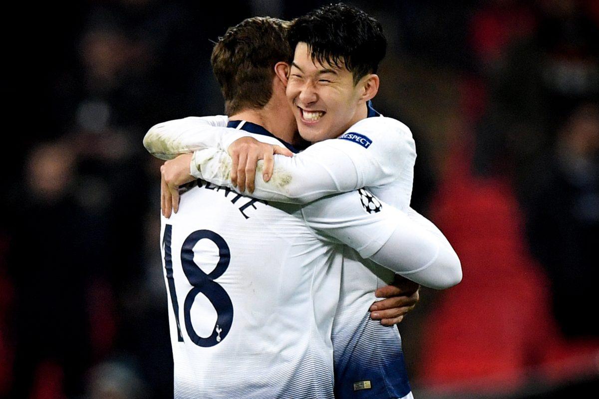NGH02. LONDRES (REINO UNIDO), 13/02/2019.- Llorente (i) y Heung-min Son (d) del Tottenham celebran este miércoles tras ganar el encuentro de ida de octavos de final de la Liga de Campeones entre el Tottenham Hotspur y el Borussia Dortmund en el estadio de Wembley, en Londres (Reino Unido). EFE/ Facundo Arrizabalaga