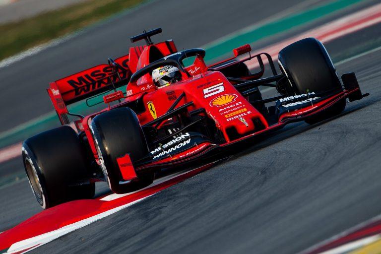 GRAFCAT3957. MONTMELÓ (BARCELONA), 18/02/2019.- El piloto alemán de Ferrari, Sebastian Vettel, durante la primera jornada de los entrenamientos oficiales de pretemporada de Fórmula Uno que se celebran en el Circuito de Barcelona-Catalunya. EFE/Enric Fontcuberta