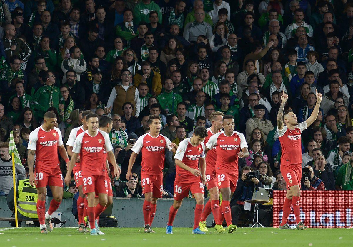 Sevilla ganó el Derbi y el Atlético volvió a la senda del triunfo