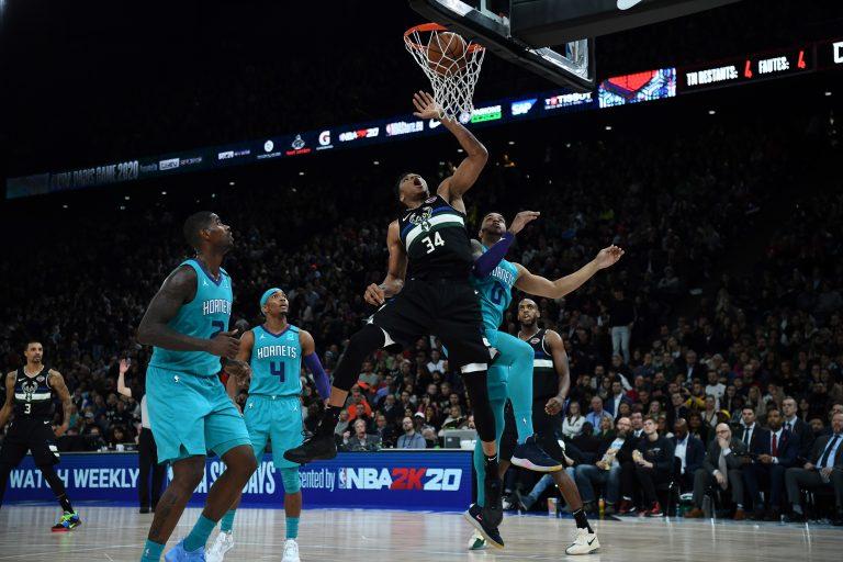 La NBA en París se estrenó con un brillante Giannis Antetokounmpo