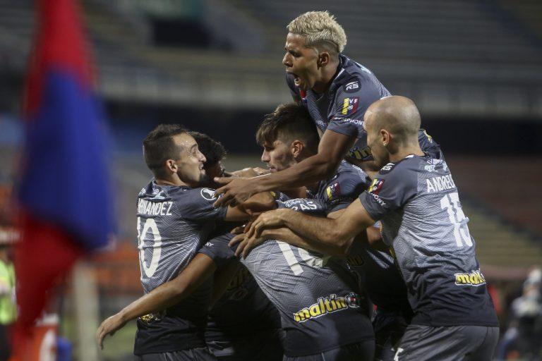 Mérida y Caracas ganaraon en Libertadores