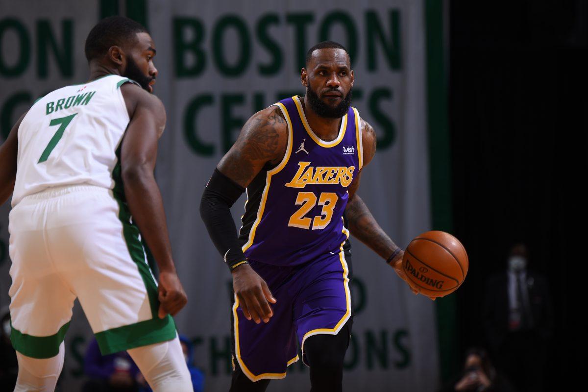 LAkers y Heat rasparon a victoria